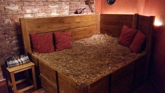 lit de paille picture of lazne pramen beer and wine spa prague tripadvisor. Black Bedroom Furniture Sets. Home Design Ideas