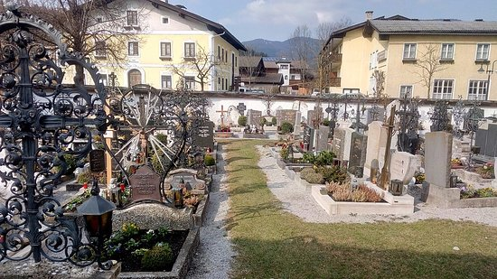 Altenmarkt im Pongau, Austria: Around the church.