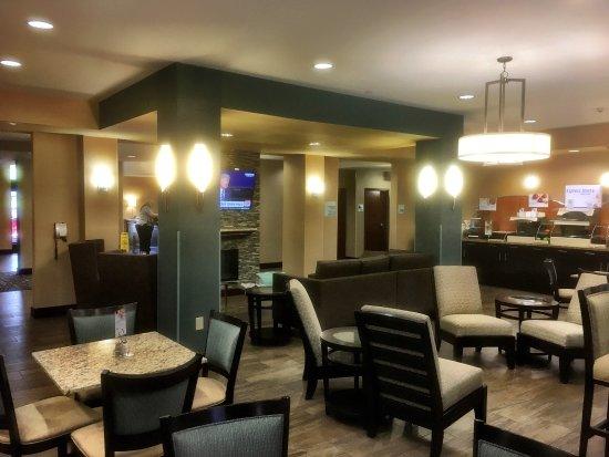 Holiday Inn Express Hotel & Suites Natchez South: photo0.jpg