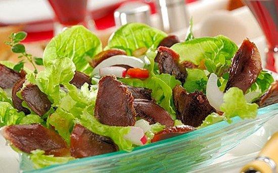 Vic-la-Gardiole, France : Salade de gésiers - Gizzard salad