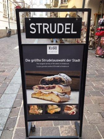 Strudel-Cafe Kröll: Strudel in Innsbruck - YUM