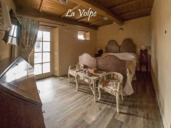 Coreglia Antelminelli, Italia: Camera matrimoniale con bagno privato