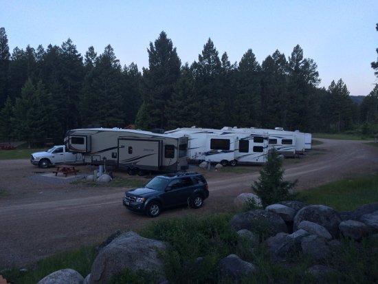 Hall, MT: RV Guests overnighting at Boulder Creek Lodge