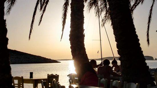 Pounta, Grecia: Ag. Irini, beach close to Remvi studios (2,0km)