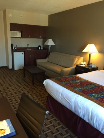 Coralville, IA: King Suite/Deluxe King