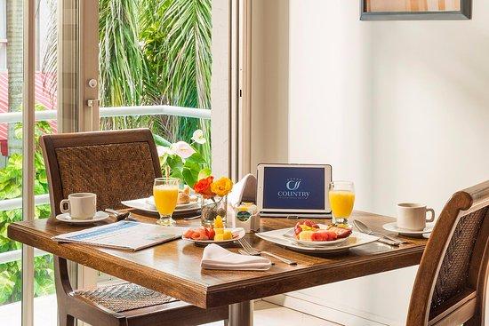 Country International Hotel: Habitación Junior Suite