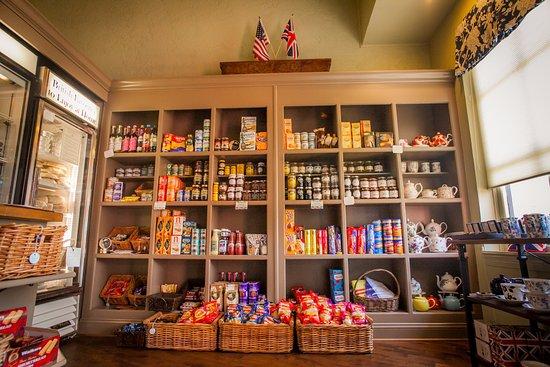 เวย์เน, เพนซิลเวเนีย: Extensive selection of imported British groceries.