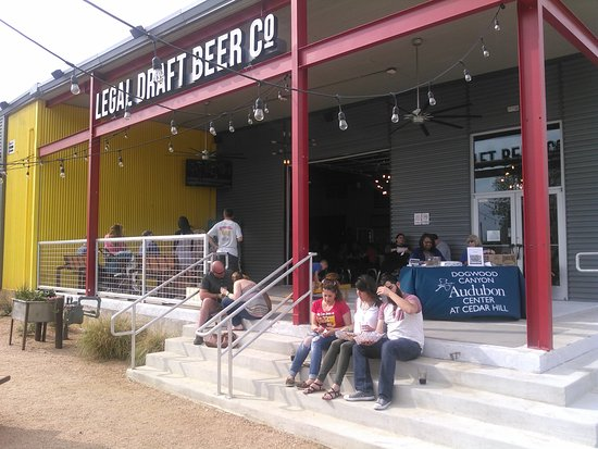 ‪Legal Draft Beer Company‬