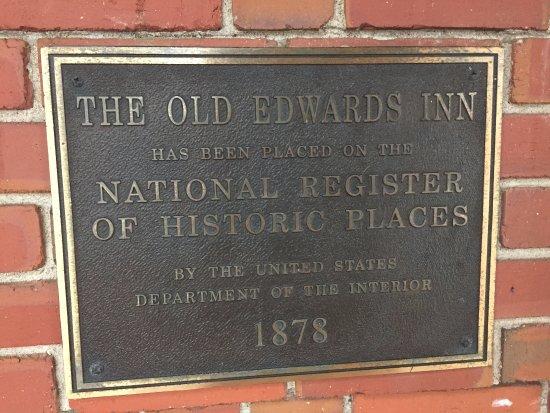 Old Edwards Inn and Spa: Placard