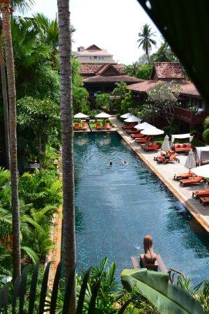 pool im garten - picture of belmond la residence d'angkor, siem, Garten und erstellen