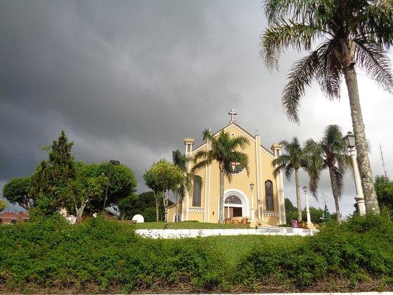 Vila Flores - Igreja central