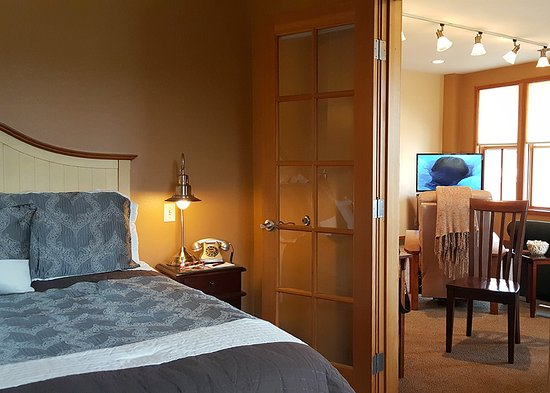 san juan suites friday harbor san juan island san juan. Black Bedroom Furniture Sets. Home Design Ideas