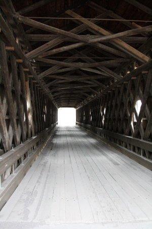 Ashtabula, OH: Inside Olin's Covered Bridge