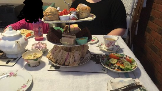 A Time To Remember Vintage Tearooms : photo0.jpg