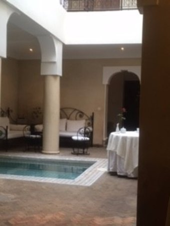 Riad Al Badia: courtyard oasis with adjacent dining