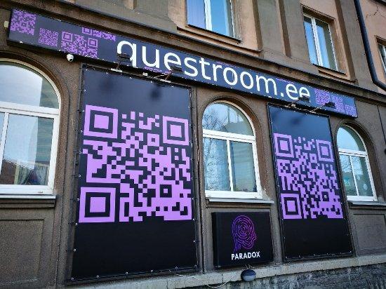 Paradox Questroom
