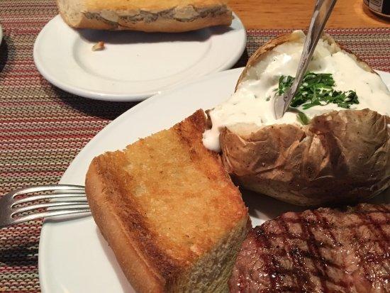 Farmers Steakhouse : Tender steak