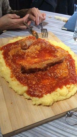 polenta con salsiccia e spuntatura