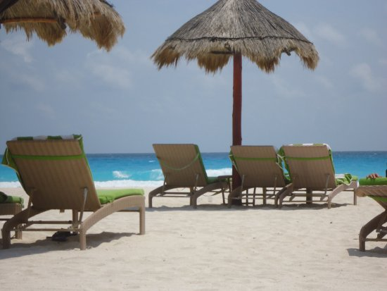 Sunset Marina Resort & Yacht Club: From sister hotel on beach by Caribbean sea