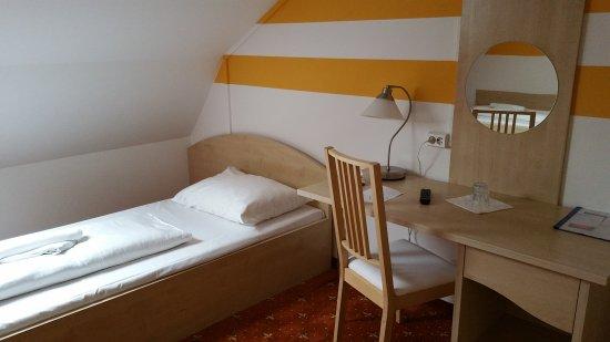 Hotel Lenas Donau: 20170322_113827_large.jpg