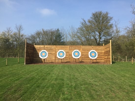 Bromham, UK: ClayDays Simulated Game Shooting