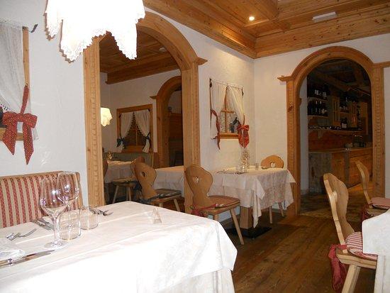 sale da pranzo - Picture of Hotel Chalet all\'Imperatore, Madonna Di ...