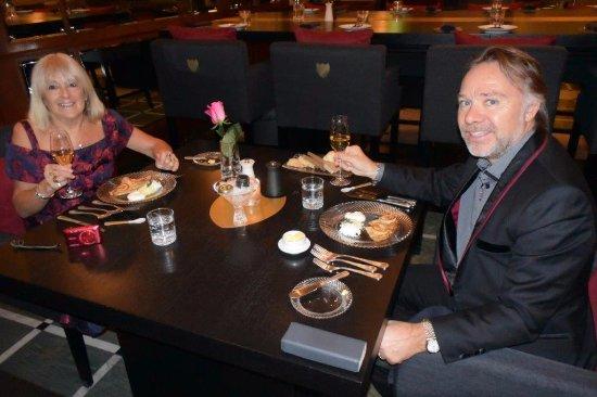 Belmond Grand Hotel Europe: Caviar course in the fabulous restaurant - on a Dom Perignon table!