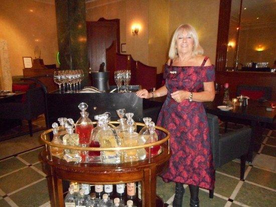 Belmond Grand Hotel Europe: Cocktail anyone? Fabulous selection of vodka