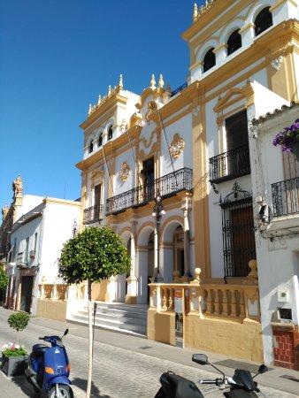 Oficina de turismo de la palma del condado spanien omd men for Oficina de turismo de sitges