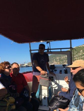 Comisa, Croazia: 船で移動しました