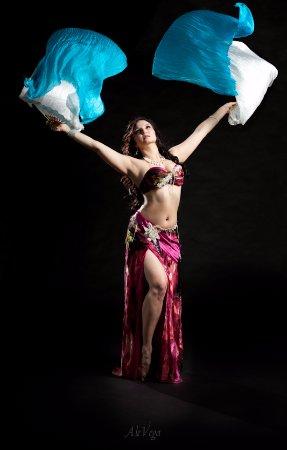 Menthe et Couscous : Belly Dance show