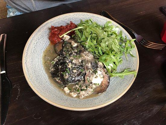 Blackbird Cafe: Gorgeous breakfast dishes