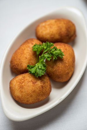 Croquetas de Pollo- Fried chicken croquettes