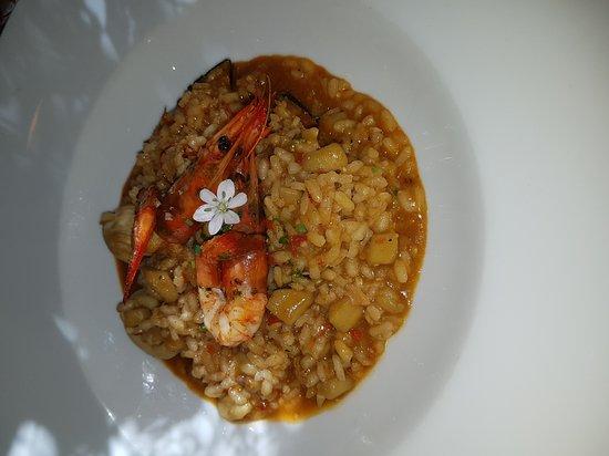 Vacarisses, Spagna: Hoy he ido a comer sitio increiblemente con mucho gusto excelentisimo top top