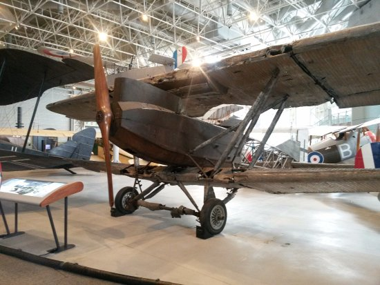Ottawa, Canadá: A very old plane...