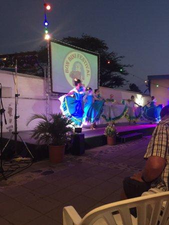 Bonbini Festival Show: photo2.jpg