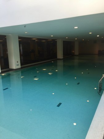 Wyndham Garden San Jose Escazu: indoor pool