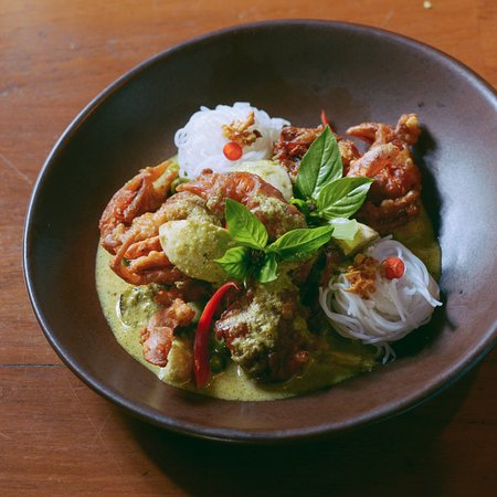 Ginja Taste : Thai dishes cooked with love and respect to ancient recipes and the freshest local ingredients.