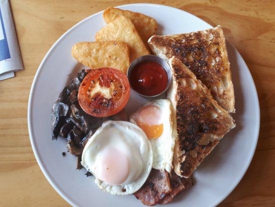 Te Kuiti, Nya Zeeland: Big Breakfast Wheres my SAUSAGE????????