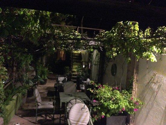 Casa Quetzal Hotel: Terraza para el uso de área común de los huéspedes.