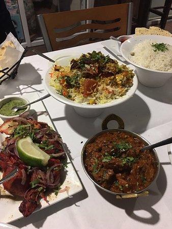Ayesha Indian Restaurant : photo1.jpg