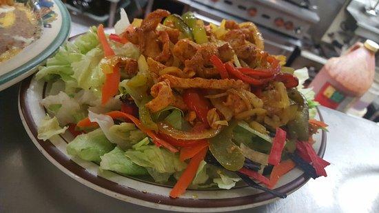 Cle Elum, WA: Fajita Skillet Salad