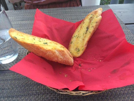 El Gaucho: bread