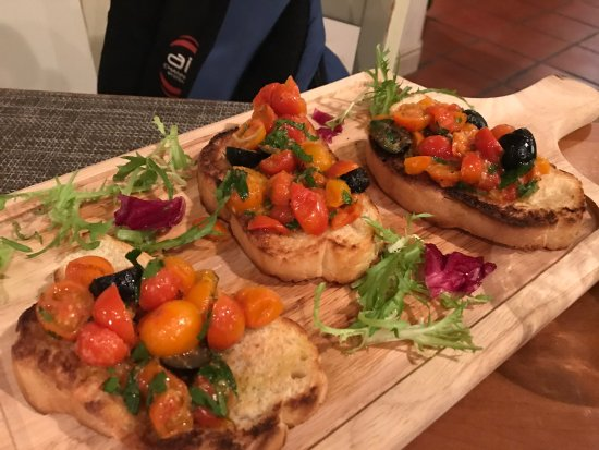 Tutto Bene Restaurant and Bar Photo