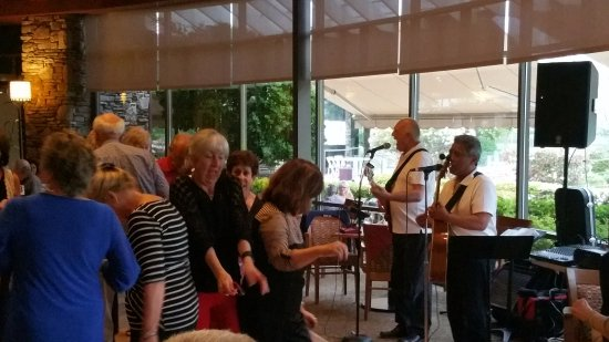 Lincoln, CA: The Fun Company played the music for dancing