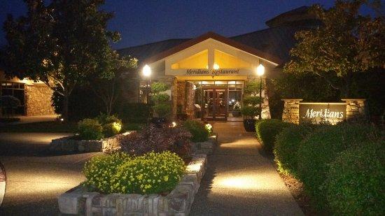 Lincoln, كاليفورنيا: The entrance to Meridian Restaurant