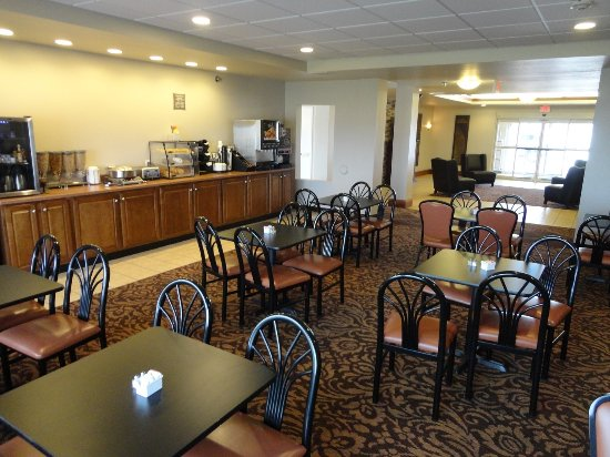 Mascoutah, IL: nice sized Breakfast area
