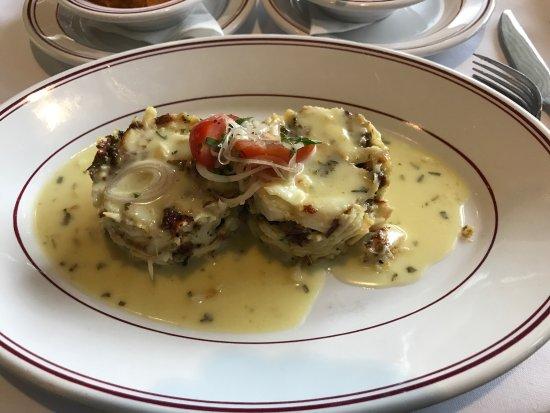 Char Restaurant: Crab Cakes