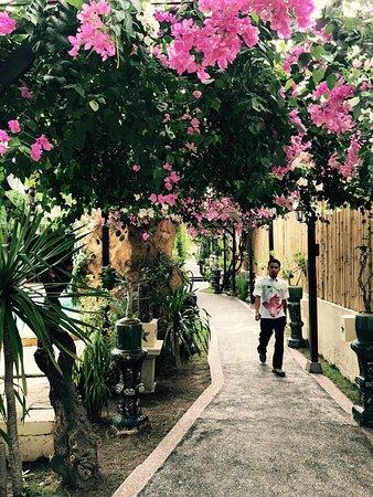 Villa Almarik Resort Lombok: photo2.jpg