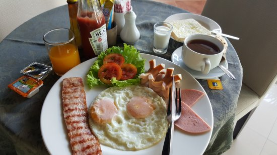 Boutique The Green Bay View Samui Hotel: Breakfast. Not fantastic at all. And expensive.